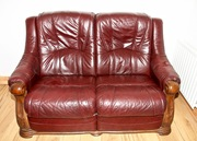 Luxury Wine Leather 2-Seater,  With Luxury Engraving On Both Sides.